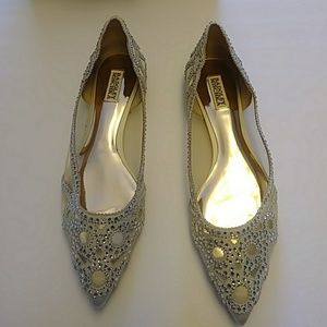 Bagley Mischka Shoes size 11 Ivory with seqins